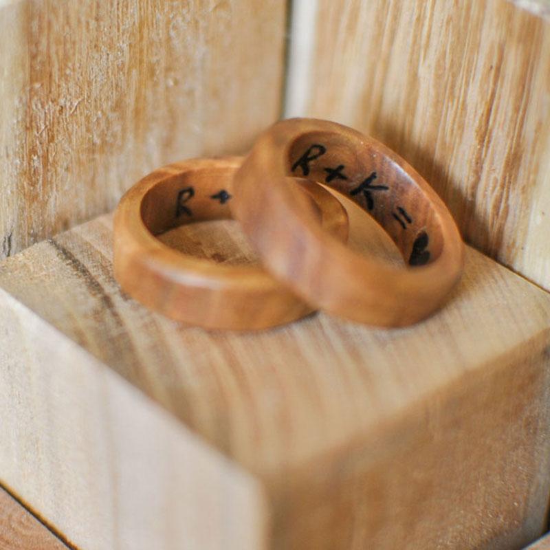 Dřevěné snubní prsteny z dílny Wowodesign